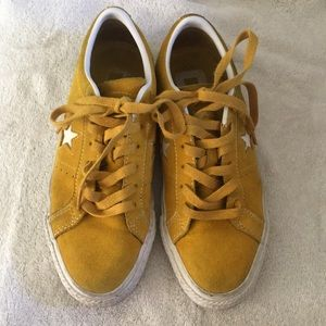 Converse CONS all star yellow mustard size 5 mens